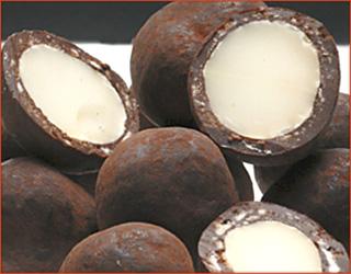 Primitive. Macadamia naturale (Australia)